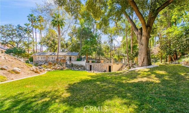 42. 521 S Grand Avenue West Covina, CA 91791