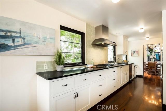 429 24th Street, Hermosa Beach, California 90254, 5 Bedrooms Bedrooms, ,3 BathroomsBathrooms,For Sale,24th,SB19158232