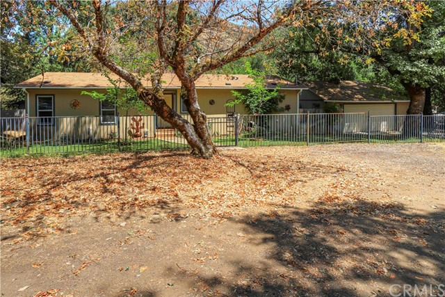 5120 Laurel Dell Road, Upper Lake, CA 95485