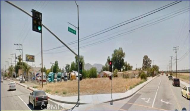 10410 Cedar Avenue, Bloomington, CA 92316