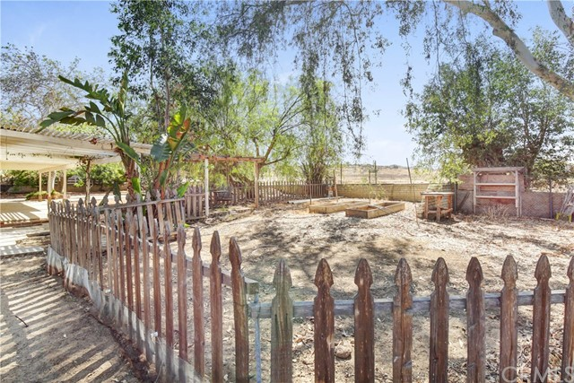 35054 Old Woman Springs Road, Lucerne Valley, CA 92356