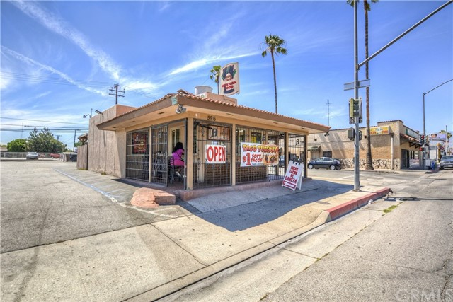 596 N Mount Vernon Avenue, San Bernardino, CA 92411