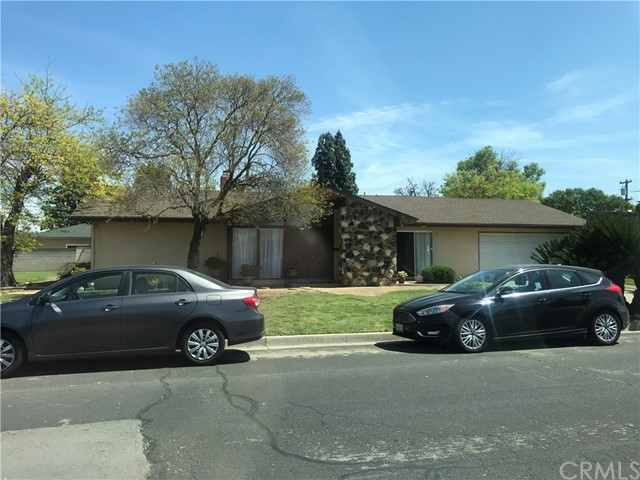 23 Russell Av, Clovis, CA 93612 Photo