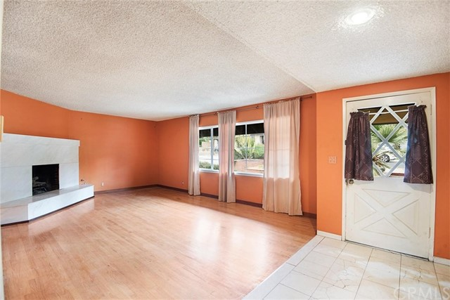 10420 Arnwood Rd, Lakeview Terrace, CA 91342 Photo 2