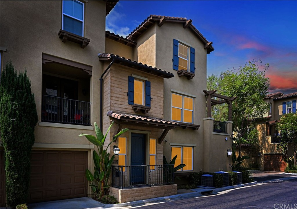 680   S Olive Street, Anaheim CA 92805