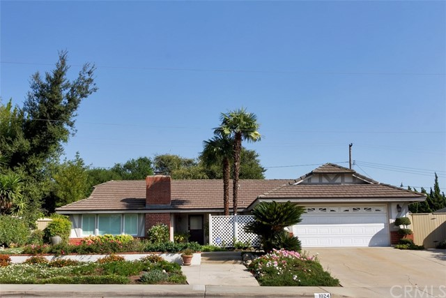 1024 Lake Forest Drive, Claremont, CA 91711