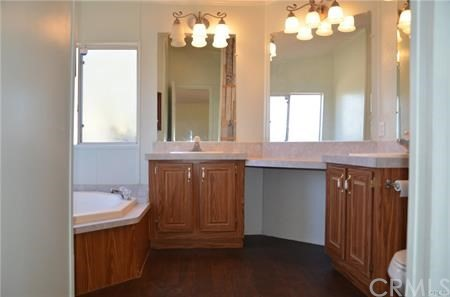 11121 Densmar Rd, Oak Hills, CA 92344 Photo 9