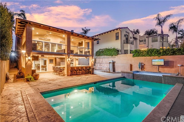 927 8th Street, Manhattan Beach, California 90266, 4 Bedrooms Bedrooms, ,4 BathroomsBathrooms,For Sale,8th,SB20259279