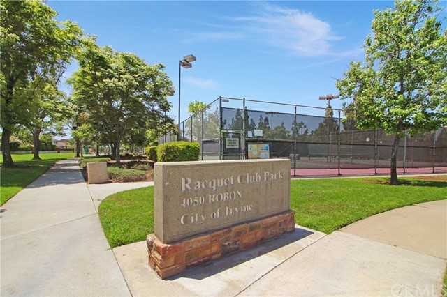 地址: 13822 SOLITAIRE Way, Irvine, CA 92620