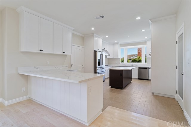 5350 Whitefox Drive, Rancho Palos Verdes, California 90275, 4 Bedrooms Bedrooms, ,3 BathroomsBathrooms,For Sale,Whitefox,PV21004099