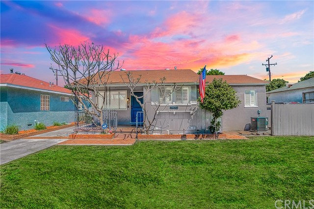 8619 Samoline Avenue, Downey, California 90240, 2 Bedrooms Bedrooms, ,1 BathroomBathrooms,Single Family Residence,For Sale,Samoline,DW20081848