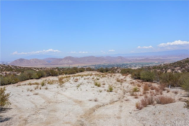 31690 Via Del Senor, Juniper Flats, CA 92548 Photo 14