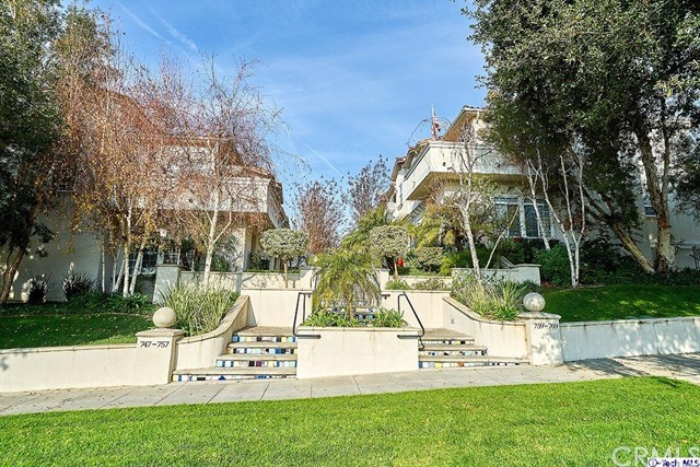 767 E Olive Avenue, Burbank, CA 91501