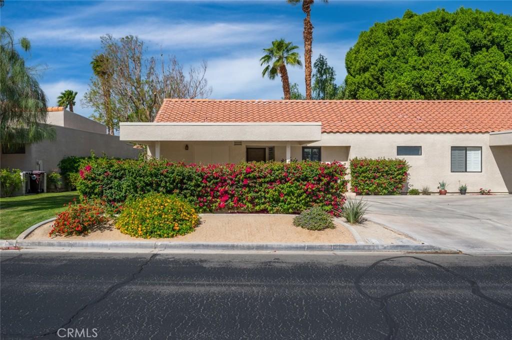 41367     Resorter Boulevard, Palm Desert CA 92211