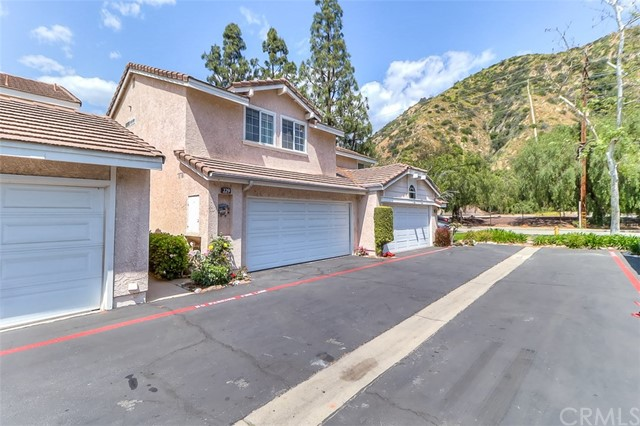 229 Windsong Court, Azusa, California 91702, 3 Bedrooms Bedrooms, ,3 BathroomsBathrooms,For Sale,Windsong,CV19089143