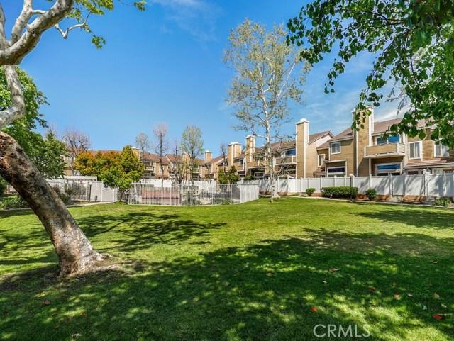 1941 Glenoaks Boulevard 192, San Fernando, CA 91340