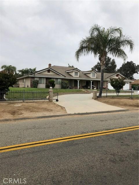 15762 Ridgeway Avenue, Riverside, CA 92508