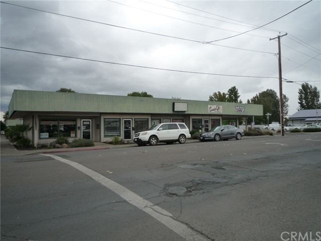 402 S Main Street, Lakeport, CA 95453