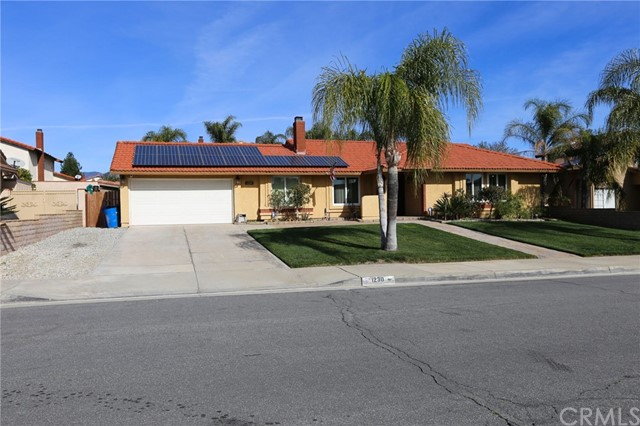 1230 W La Gloria Drive, Rialto, CA 92377