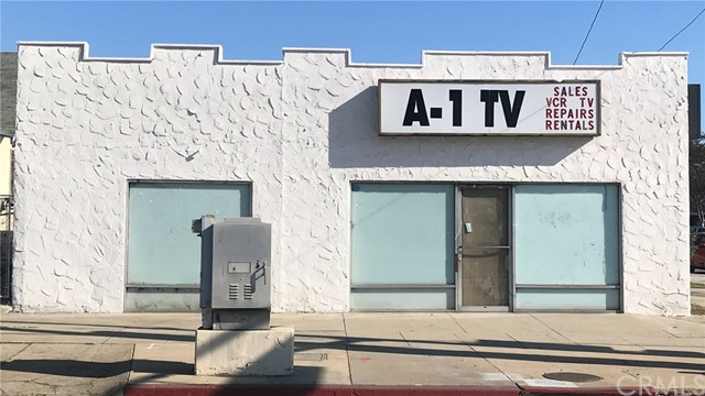 908 N Towne Avenue, Pomona, CA 91767