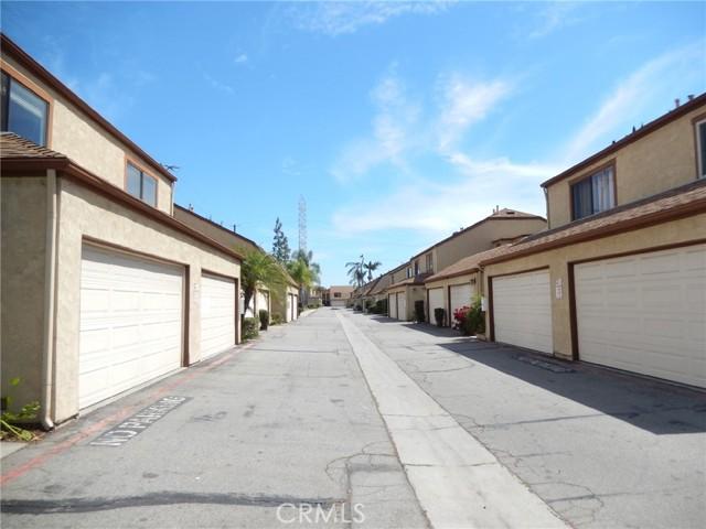 2. 555 S Azusa Avenue #10 Azusa, CA 91702