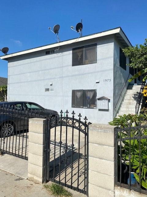 1975 Lemon Avenue, Long Beach, CA 90806