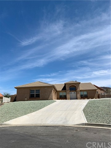 57281 Titian Court, Yucca Valley, CA 92284