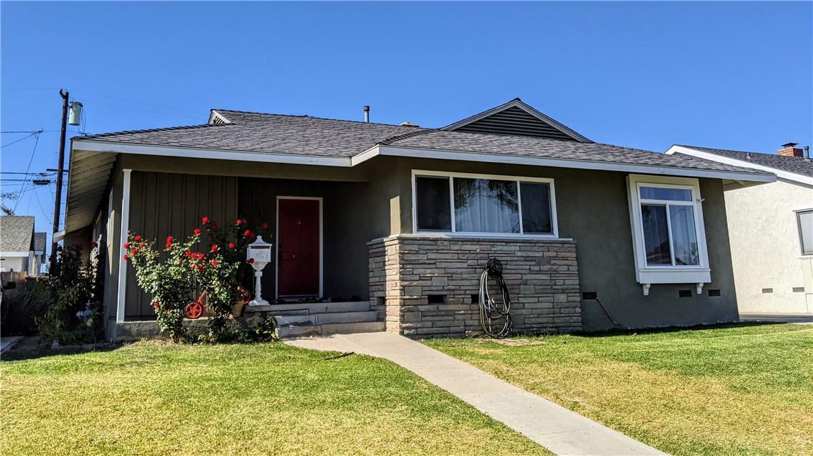 2537 Ladoga Ave, Long Beach, CA 90815