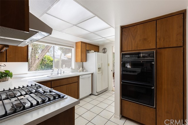 13. 13822 Marquette Street Westminster, CA 92683