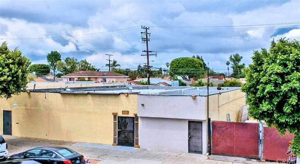 This Commercial property must be sold along with 603 S Long Beach Blvd, Compton 90221 APN# 6179-028-023 & 605 S. Long beach blvd, Compton 90221 APN # 6179-028-022. Price for all 3 properties combined $899,800.