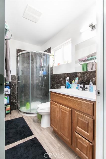 Downstairs Bath 1