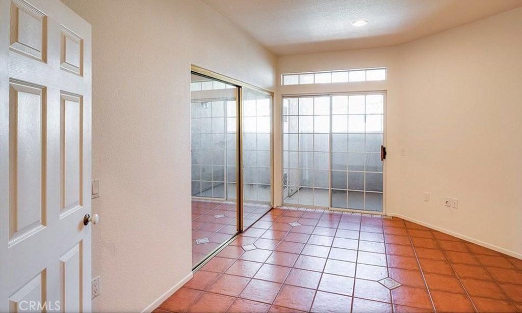 房产卖价 : $109.50万/¥753.00万