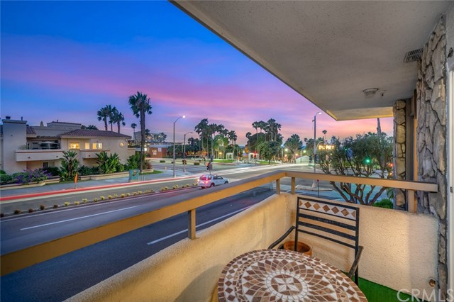 230 S Catalina Avenue 114, Redondo Beach, CA 90277
