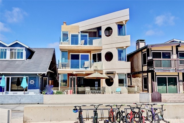 12 The Strand, Hermosa Beach, California 90254, 4 Bedrooms Bedrooms, ,2 BathroomsBathrooms,For Sale,The Strand,SB18140848