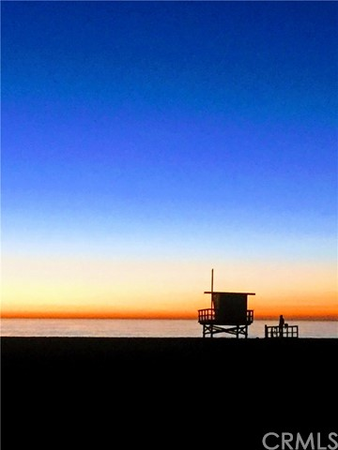 40 7th Street, Hermosa Beach, California 90254, 2 Bedrooms Bedrooms, ,2 BathroomsBathrooms,For Rent,7th,SB18053870