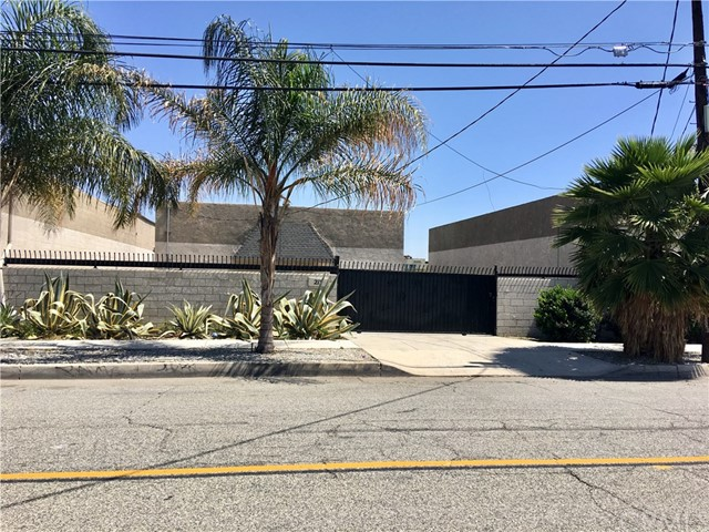 207 S I Street, San Bernardino, CA 92410