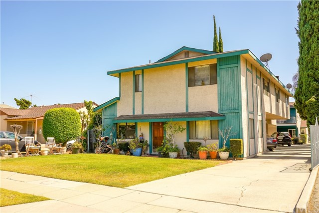354 E College Street, Covina, CA 91723