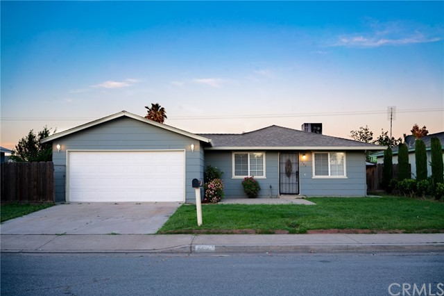 736 East Avenue, Livingston, CA 95334