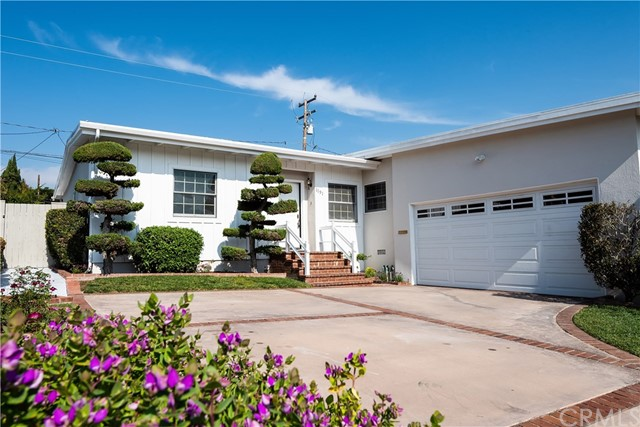 1191 Shelley Street, Manhattan Beach, California 90266, 3 Bedrooms Bedrooms, ,2 BathroomsBathrooms,Single family residence,For Sale,Shelley,SB19028323