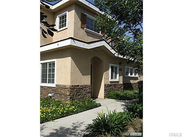 115 W Southgate Avenue, Fullerton, CA 92832