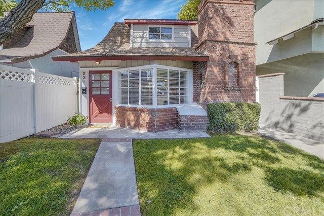 231 N Hollywood Way, Burbank, CA 91505
