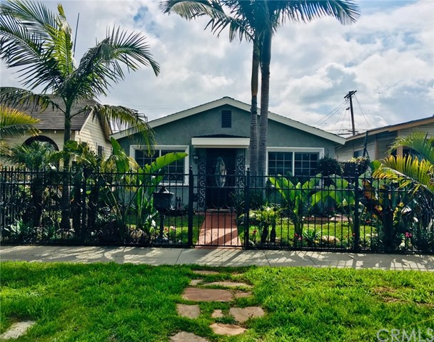 1728 W 59th Place, Los Angeles, CA 90047