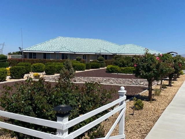 9883 Bellflower St, Oak Hills, CA 92344 Photo 47