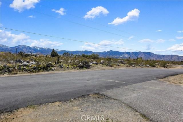 32530 Topaz Rd, Lucerne Valley, CA 92356 Photo 4