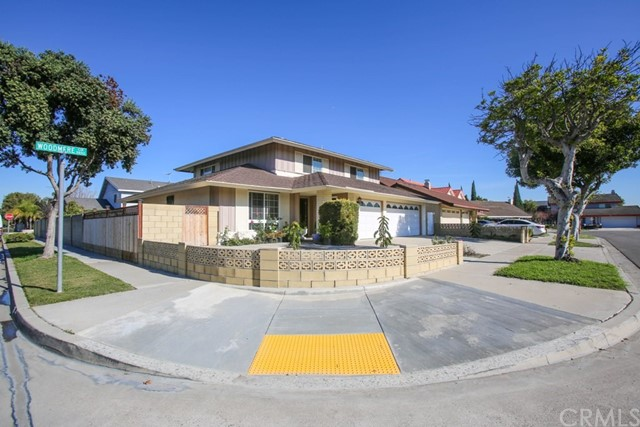 9891 S Woodmere Circle, Westminster, CA 92683