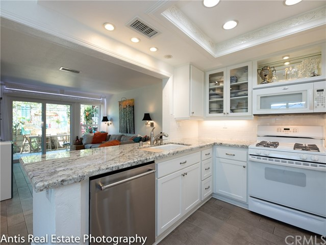 Photo of 24221 Avenida De Las Flores #111, Laguna Niguel, CA 92677