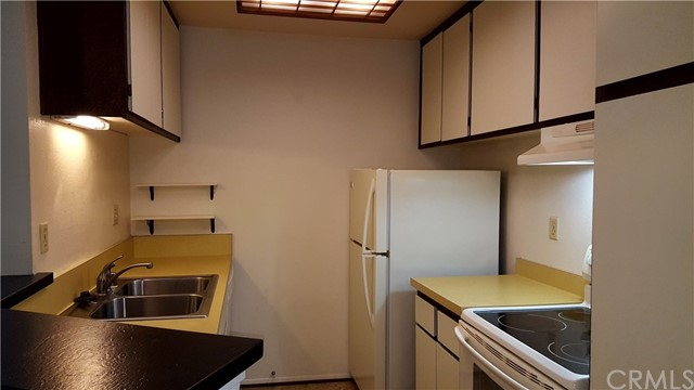 630 The Village 206, Redondo Beach, California 90277, 1 Bedroom Bedrooms, ,1 BathroomBathrooms,For Rent,The Village,PV19031419