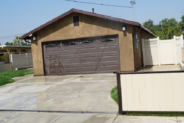 1143 Webster Street, Redlands, CA 92374