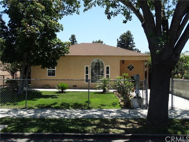 1026 W Walnut Street, Santa Ana, CA 92703