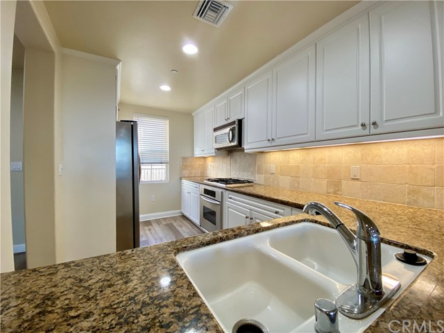 12975 Agustin Pl, Playa Vista, CA 90094 Photo 10